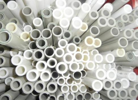 Фото: Полипропиленовые трубы отопления